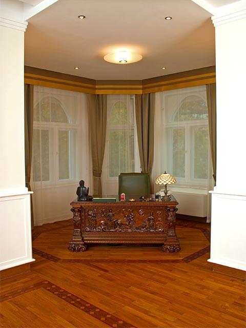 Premass il parquet prefinito in legno massello - Cornici ufficio ...